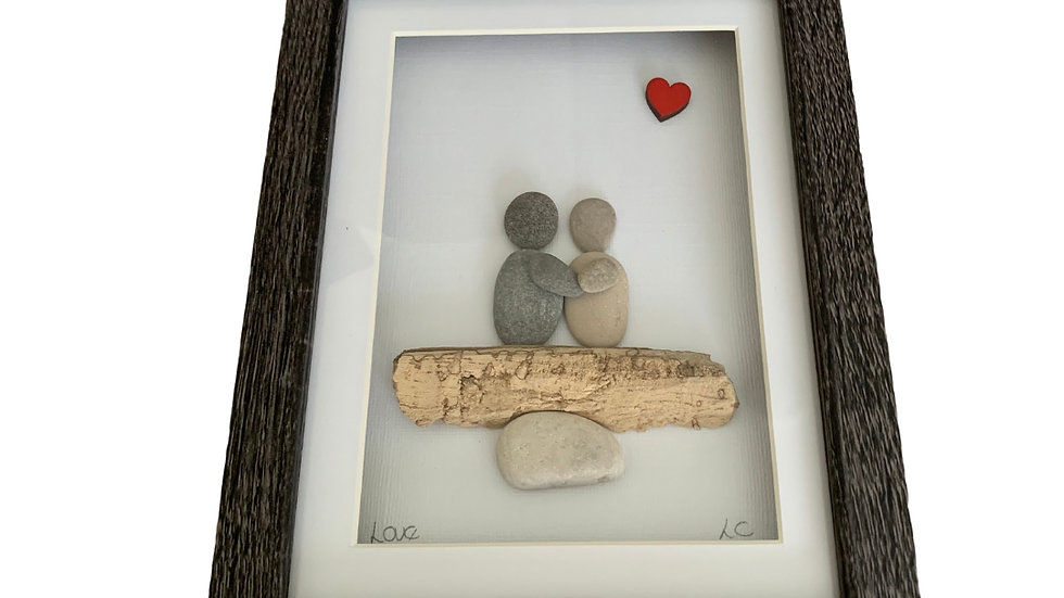 LOVE PEBBLE ART