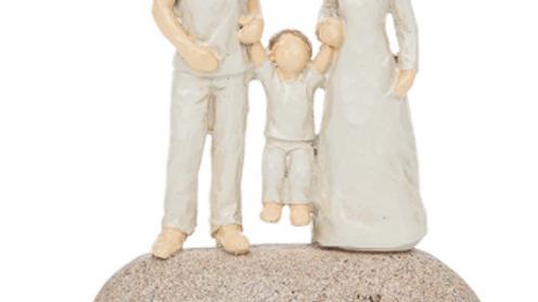 MUM & DAD AND CHILD STONE