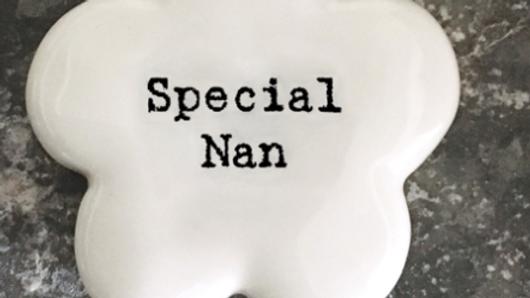PORCELAIN FLOWER PEBBLE - SPECIAL NAN