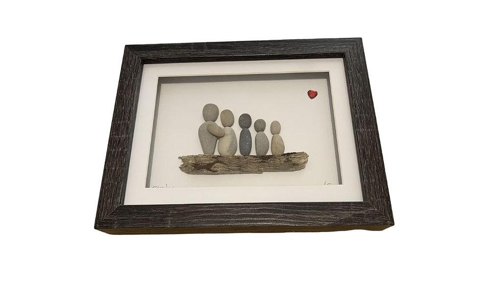 FAMILY PEBBLE ART