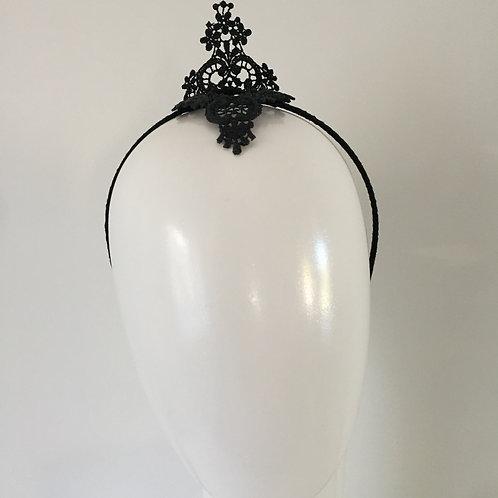 Petite Lace Crown