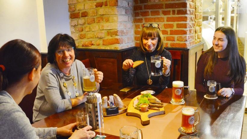 Frisches Bier im Brauhaus