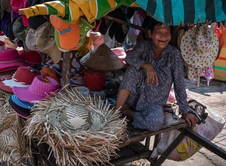 Marktfrauen – Porträts aus Asien