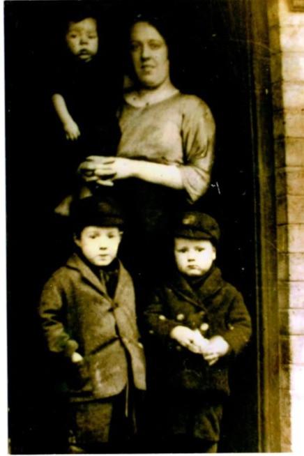 Alice and her three children