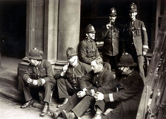 London officers on strike in 1919