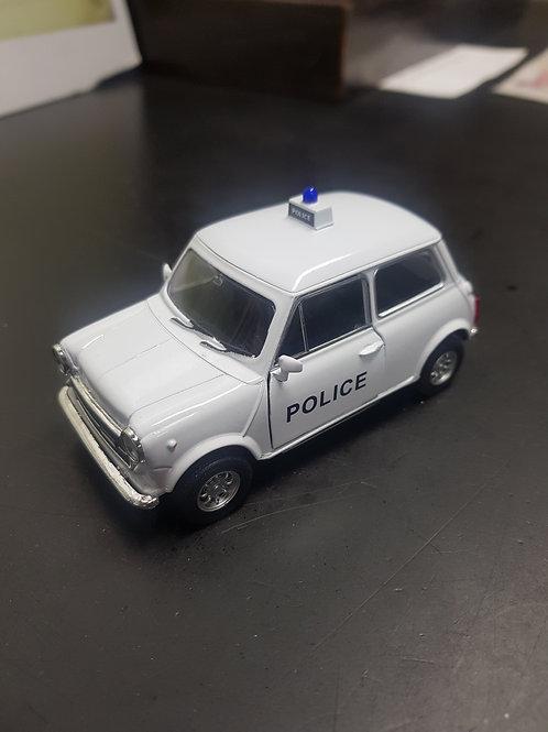 Retro police mini