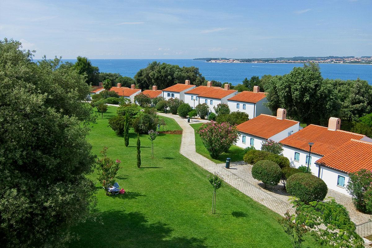 valamar-tamaris-resort-villas-seaview