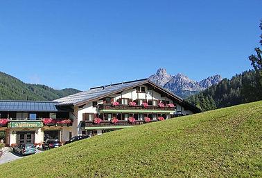 Hotel Alpenkrone.jpg