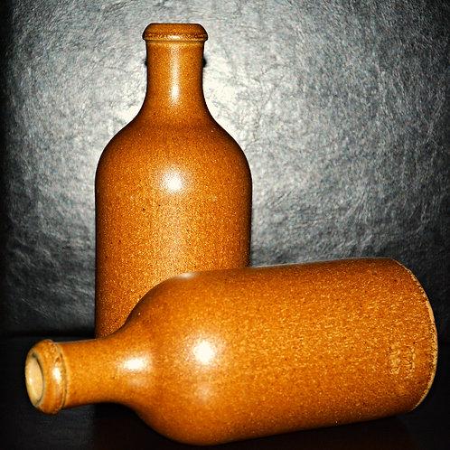 Steingutflasche 500ml mit Verschlusszapfen