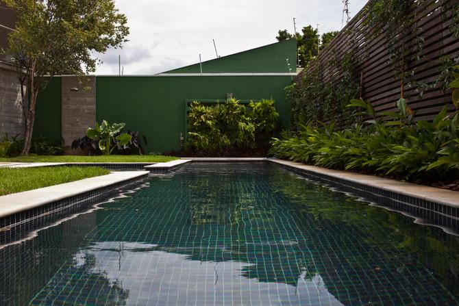 Como escolher o tamanho e formato de piscinas