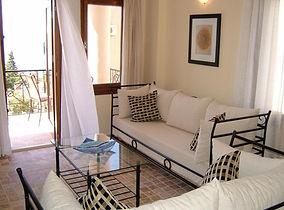 lounge1.jpeg