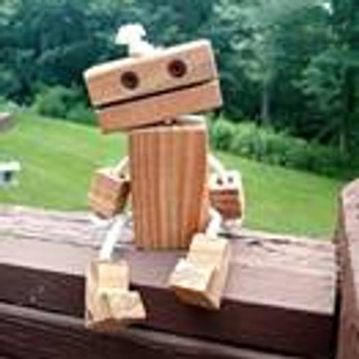 נגרות - רובוט מעץ (הסדנה מלאה)