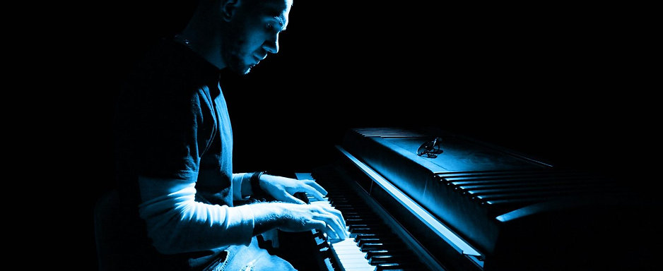 Piano_Website_Header-1428x585.jpg
