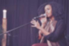 Singing vocal lessons teacher
