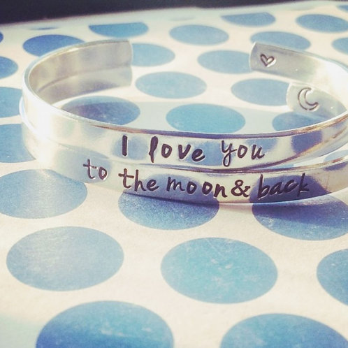 Ensemble de deux  BRACELETS I love you , to the 🌜 and back