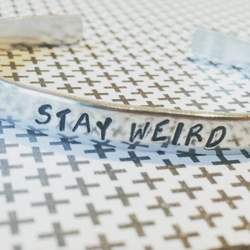 BRACELET - stay weird
