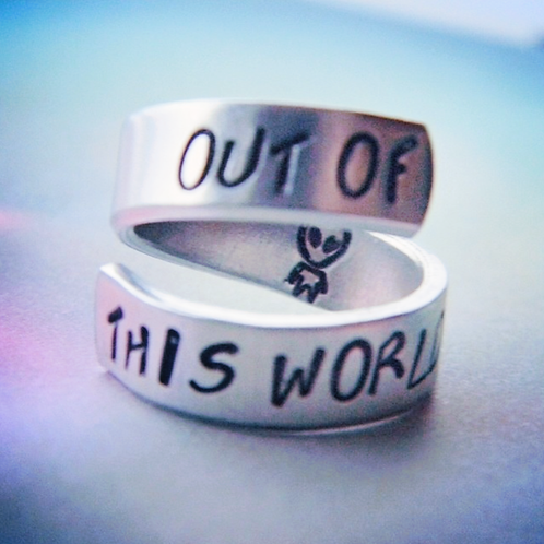 BAGUE - out if this world 👽
