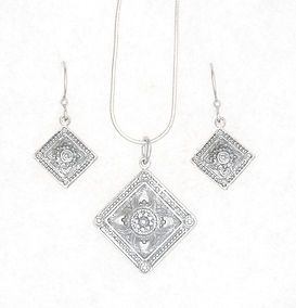 Ice blue square necklace earrings set