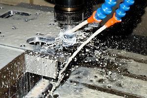 น้ำมันตัดกลึง,น้ำมันตัดกลึงชนิดผสมน้ำ,coolant,soluble cutting oil,น้ำมันหล่อเย็น,น้ำมันหล่อเย็นสังเคราะห์,Metalworking Fluid,น้ำหล่อเย็น,Cutting Fluid,lubricant,neolube,น้ำมันหล่อลื่น