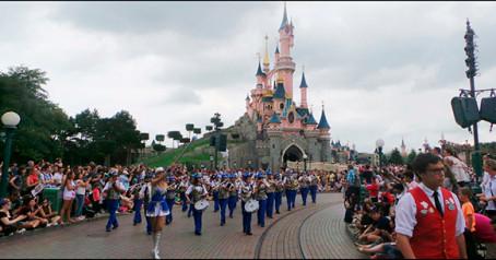 Los Salerosos llevan la alegría de Torrevieja a Disneyland Paris