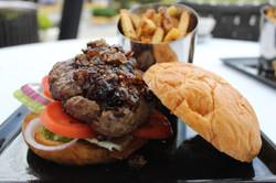 Shalom Burger3