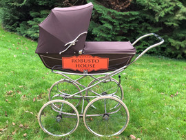 Robusto House Ltd, Our famous cigar pram
