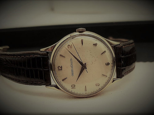 Jaeger-LeCoultre Classic Vintage 18K Gold Manual Winding
