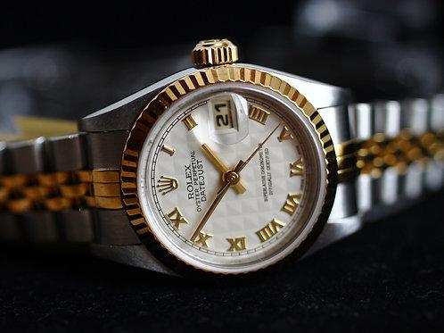 Rolex Ladies Datejust 69173 Pyramid Roman Dial Ladies