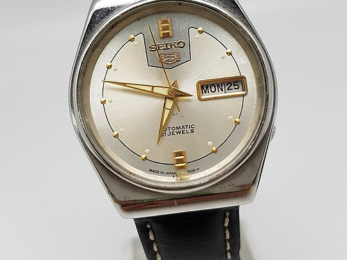 Vintage SEIKO 5 Day-Date Automatic