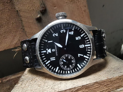 Steinhart Nav b-uhr 44 mm Pilot Watch