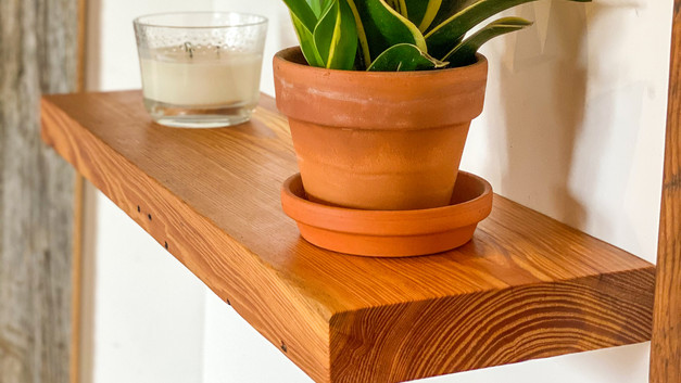 CLEAN FACE YELLOW PINE SHELF