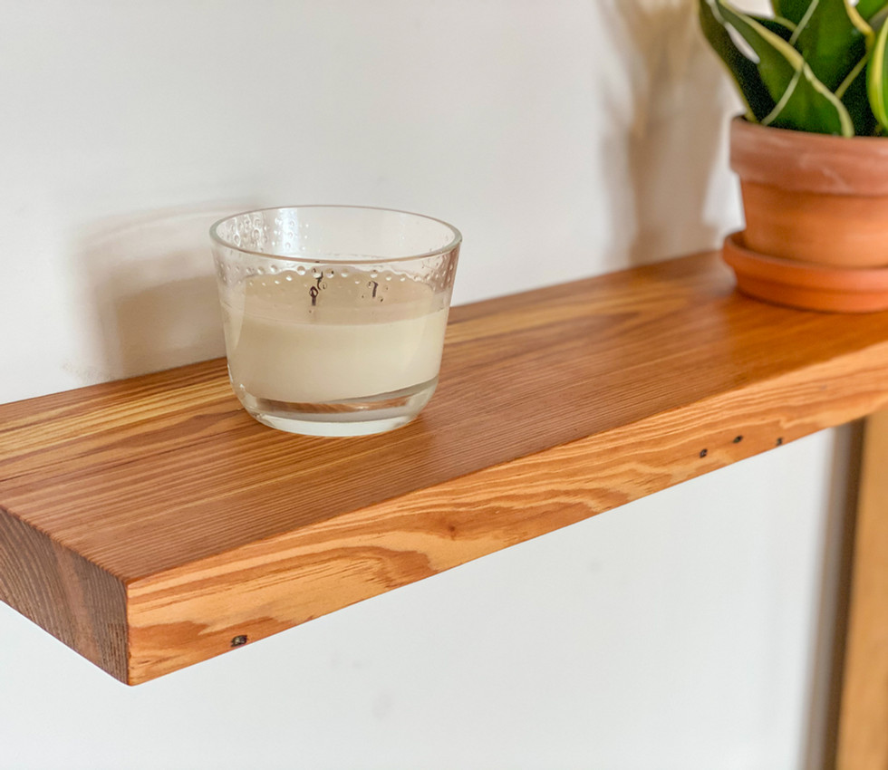 CLEAN FACE YELLOW PINE FLOATING SHELF