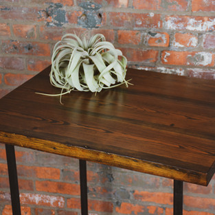 PIPE LEG YELLOW PINE TABLE