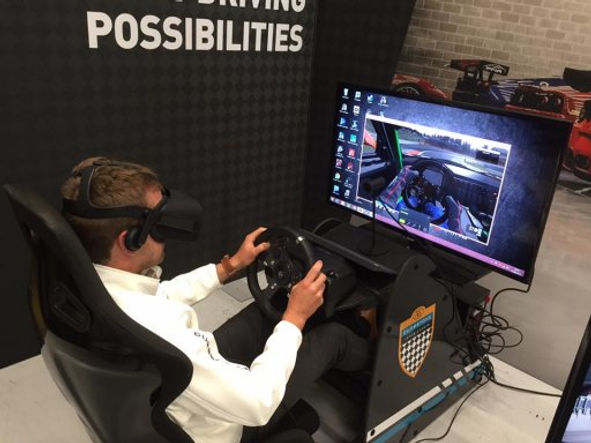 virtual-reality-race-simulator-virtual-r