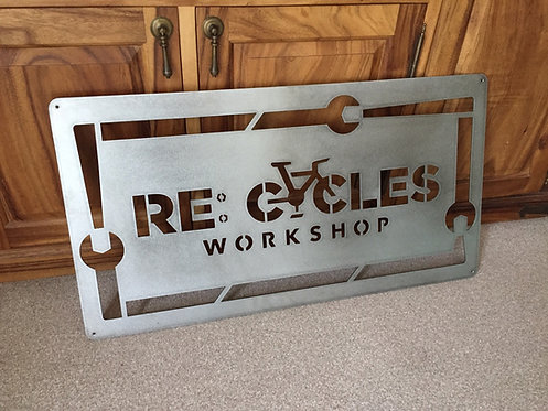 Recycles Metal