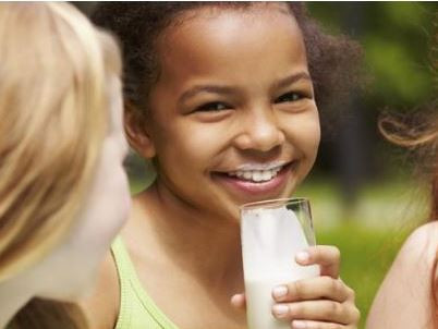 Sir Mark joins call to ensure access to milk in Preston schools and nurseries.