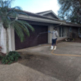 driveway-cleaning-company-technician.jpg