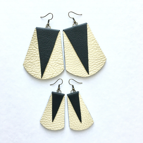 Prillamade Leather Earrings Creme with Black Triangles - 10 Pack