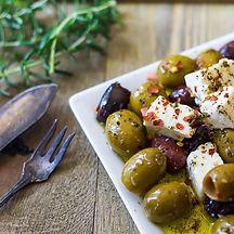 Insalata di feta e olive greche.jpg