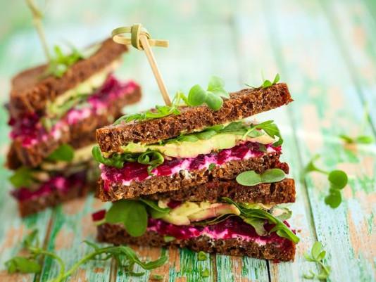 Cucinare di stagione: avocado