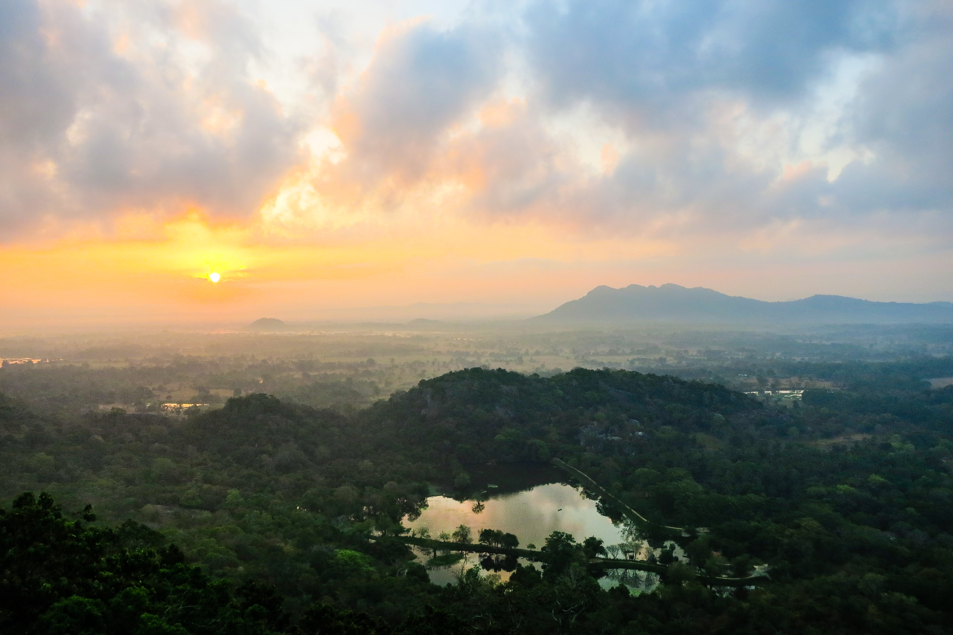 Sri Lanka - FB-8075