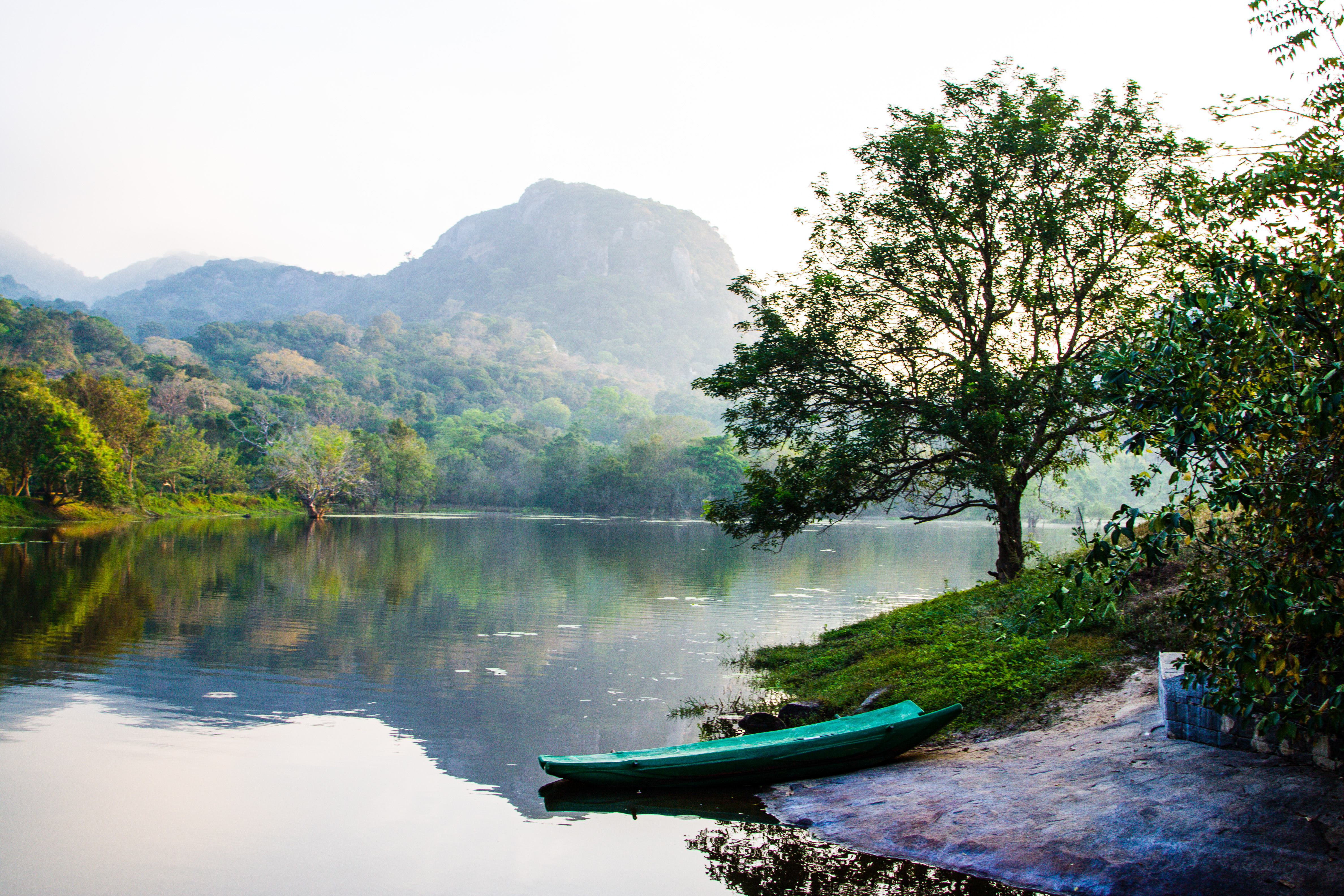 Sri Lanka - FB-3555