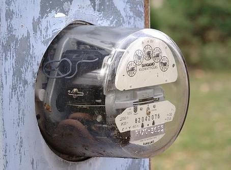 El nuevo recibo de la luz obliga a las eléctricas a adaptar sus sistemas