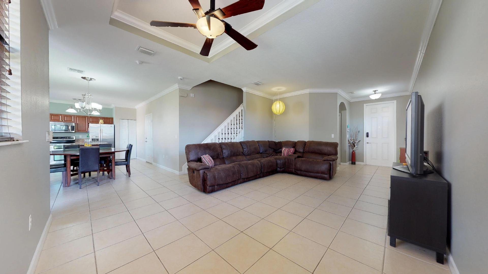 Living Room (2)
