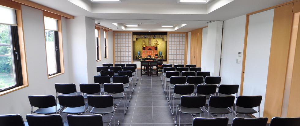 パティオ国立 1階法要室
