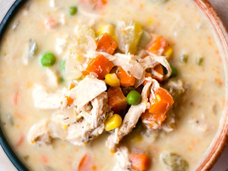 Healthy Slow Cooker Chicken Pot Pie Stew