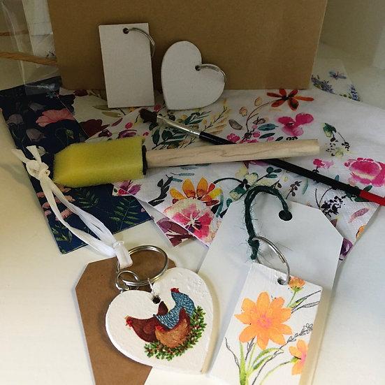 Starter Decoupage Kit Bag-  keyrings