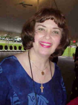 2004 Julia Gibson