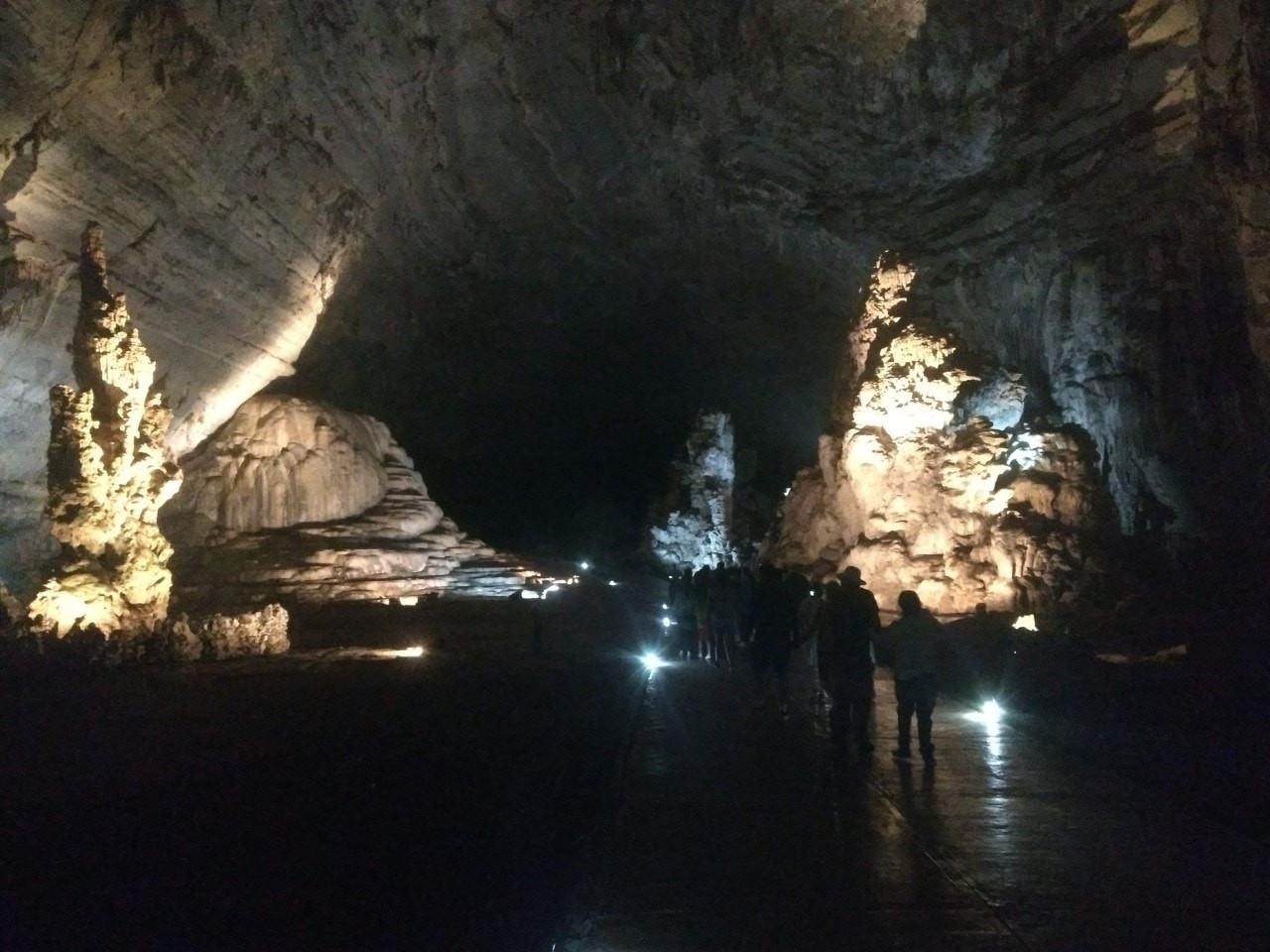 grutas-de-cacahuamilpa-club-de-viajes-ic
