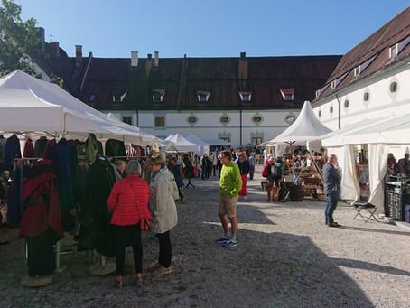 Textilmarkt in Benediktbeuren